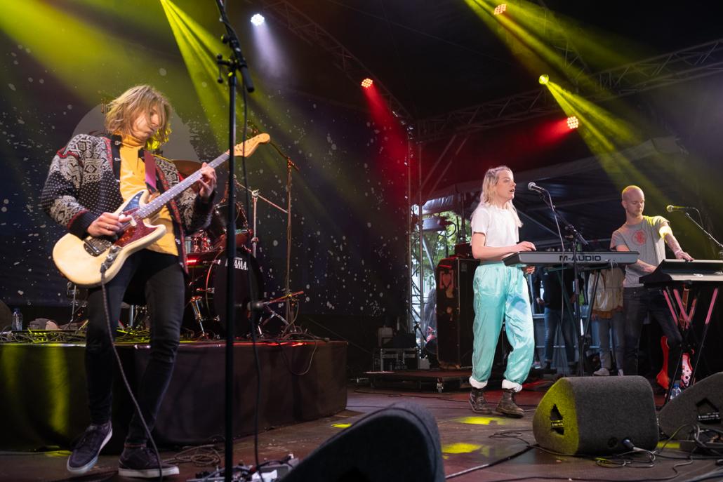 Originele, psychedelische rock van LOVE COUPLE
